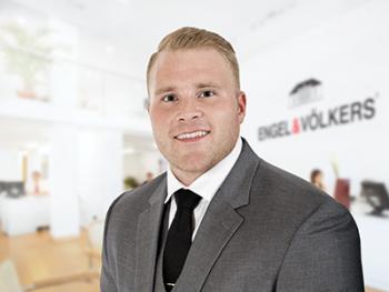 Former NFL Real Estate Broker Corey Hasting